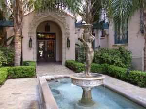 Los Angeles Hotel Courtyard